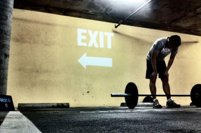 5 cosas que los culturistas pueden aprender de los levantadores olímpicos
