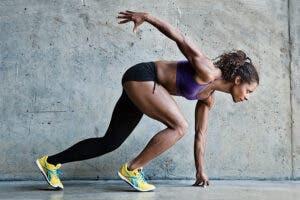 Mejora tus marcas desde casa: entrenamiento para corredores