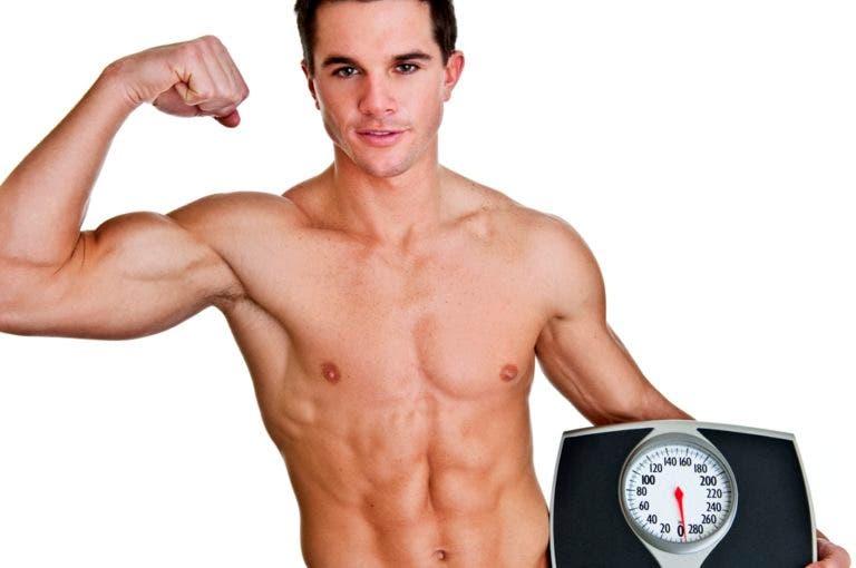 ¿por qué bajamos de peso en la primera semana de la dieta?