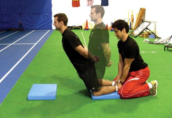 Excentricos, pretemporada, futbol, isquiotibiales, biceps femoral, entrenamiento, fisico