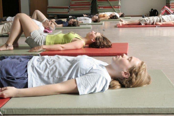 6 ejercicios de respiraci n para relajarse en 10 minutos o - Relajacion en casa ...