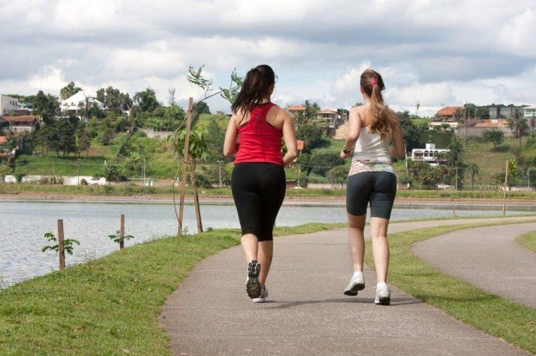 Caminar o correr: ¿qué es mejor?