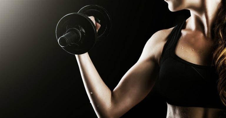 ¿Es adecuado el entrenamiento con pesas en el running?