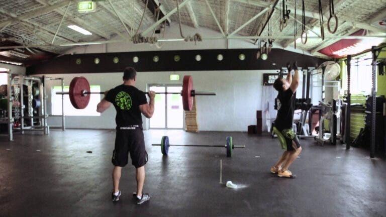 Guía para comprar una barra de pesas para entrenar