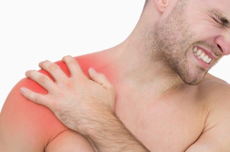 La manera más sencilla de diagnosticar por qué te duele el hombro