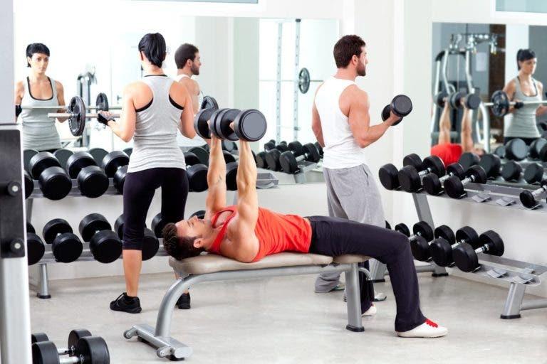 3 ejercicios que deberias evitar en el gym