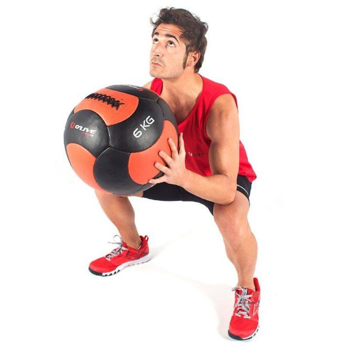 rutinas con bola medicinal para runners
