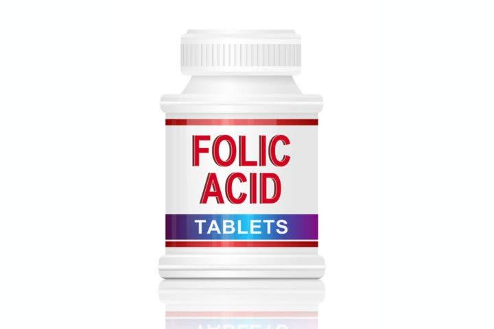 Suplemento con ácido fólico