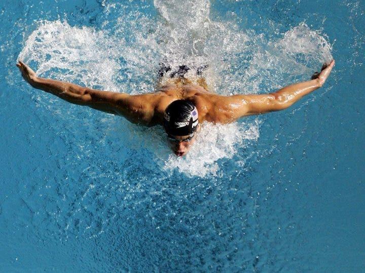 cómo mejorar tu estilo de natación