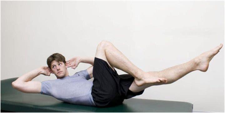 Pilates criss cross