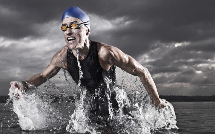 ¿Cuántas proteínas consume un triatleta?