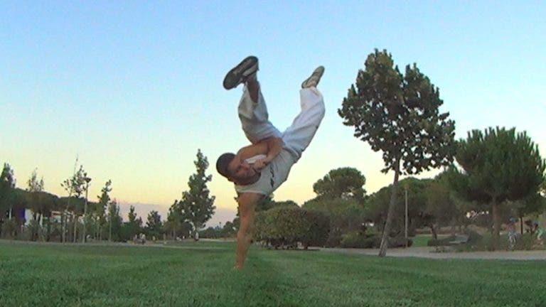 tutorial-Patada-de-capoeira-bella-flor