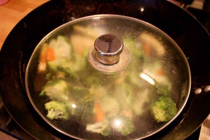 ¿cocinar al vapor preserva la calidad de los nutrientes?