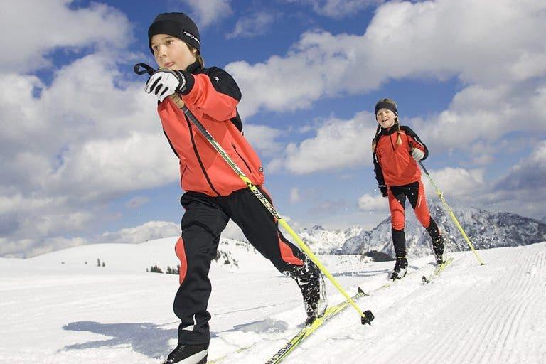 Desarrollo de habilidades en el esquí de fondo