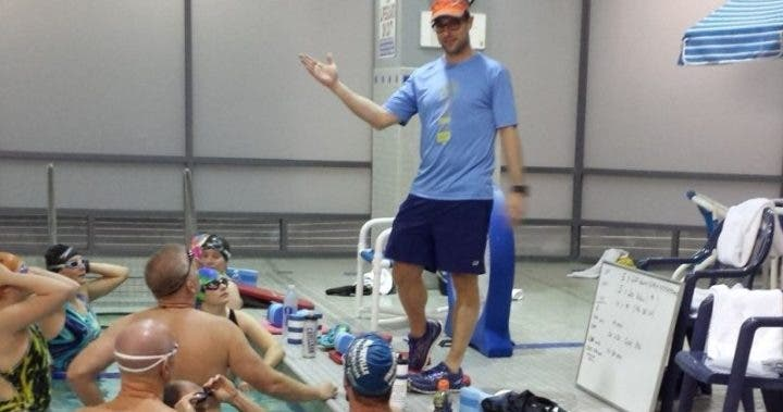 Ventajas de registrar tus entrenamientos de natación en un diario