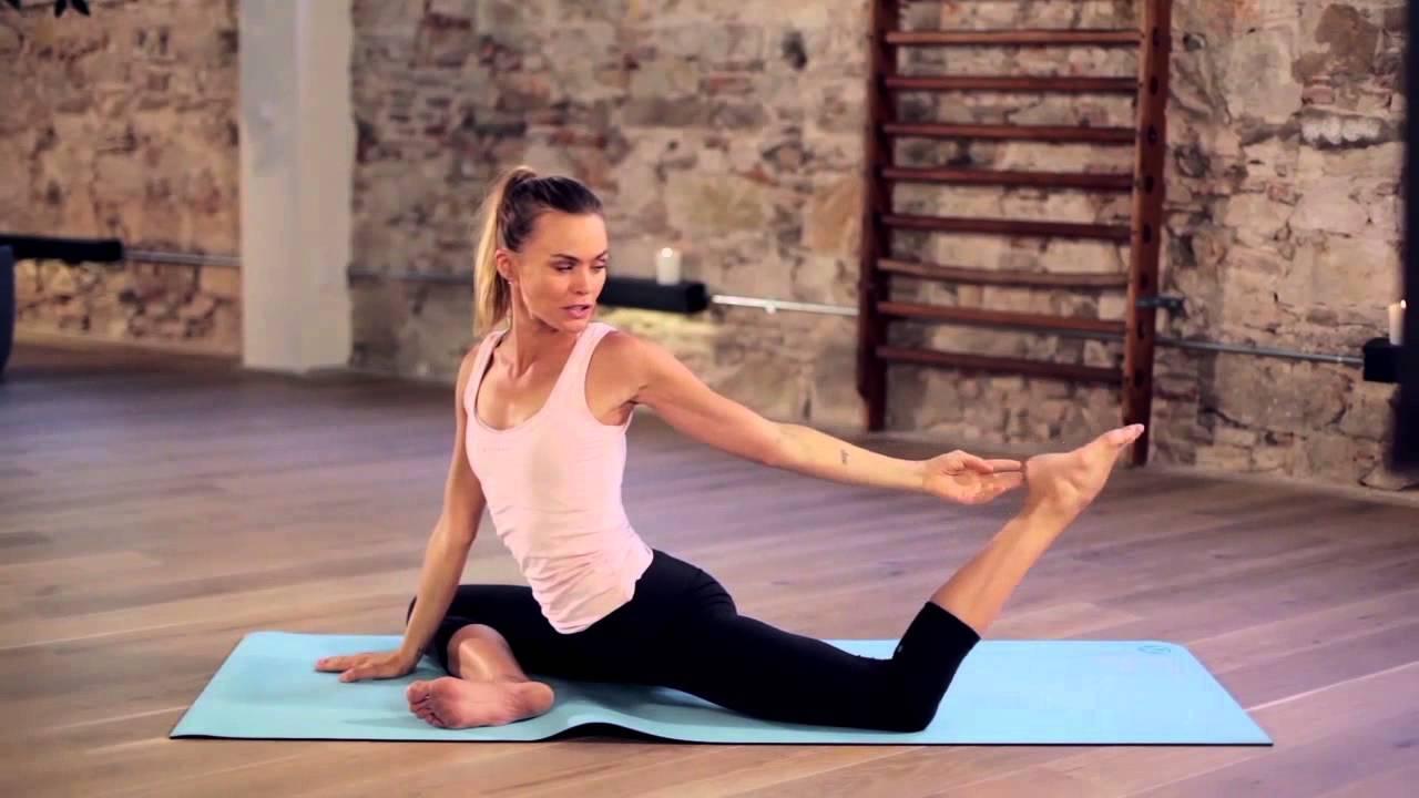 10 movimientos de yoga para mejorar la flexibilidad de tus caderas ... 8db1671945ba