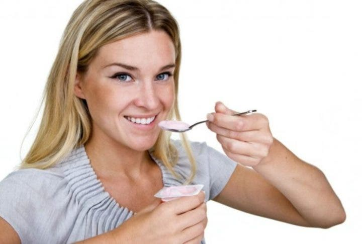 consume yogur para aumentar la proteína
