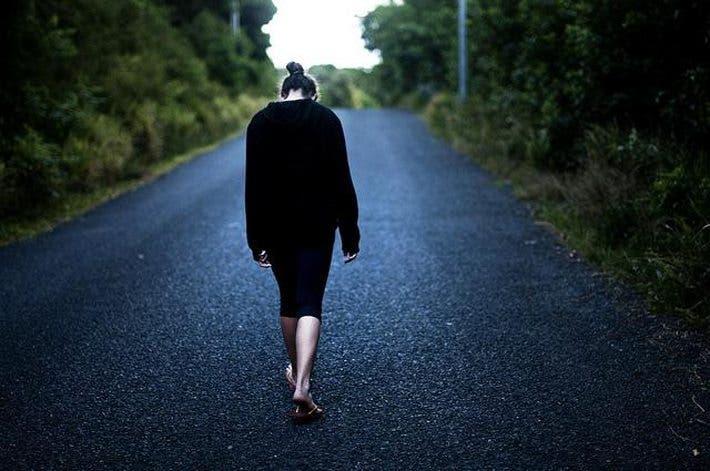 hábitos que conducen a la infelicidad