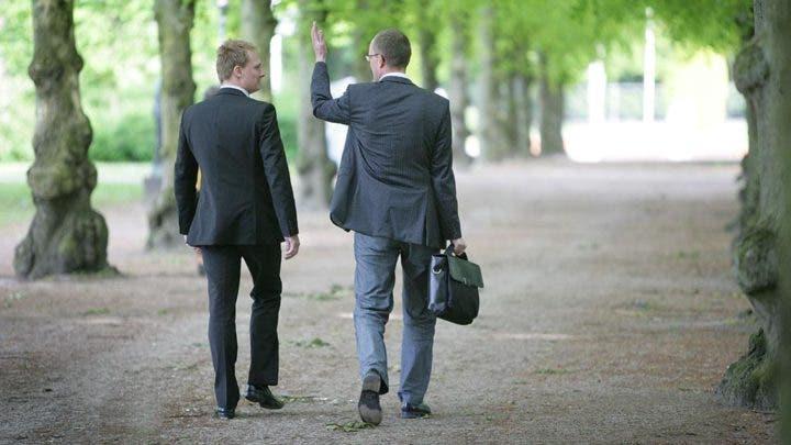 Beneficios de mantener reuniones caminando