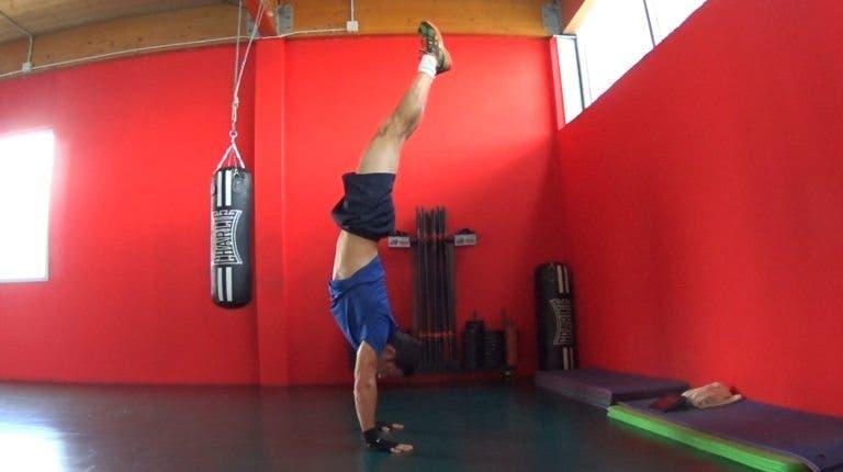 Tutorial para aprender a hacer el pino o handstand