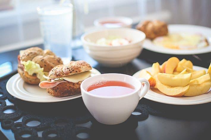 comer alimentos saludables todos los dias