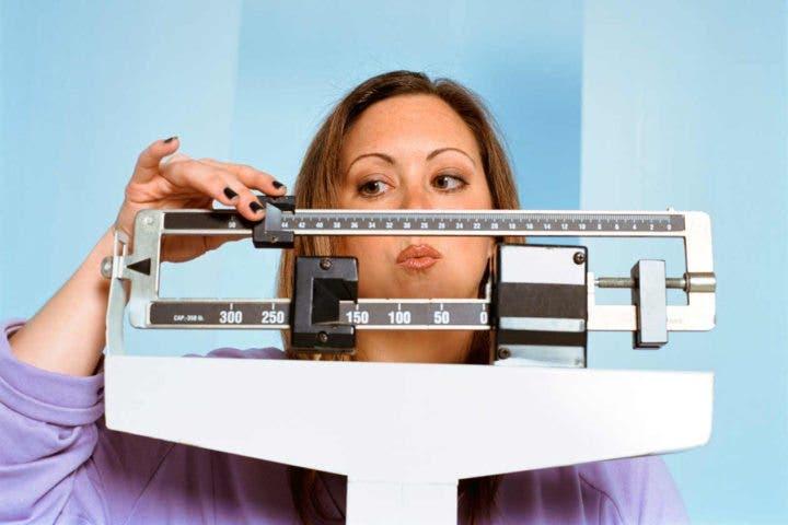 Mantener un peso saludable como hábito anticancerígeno