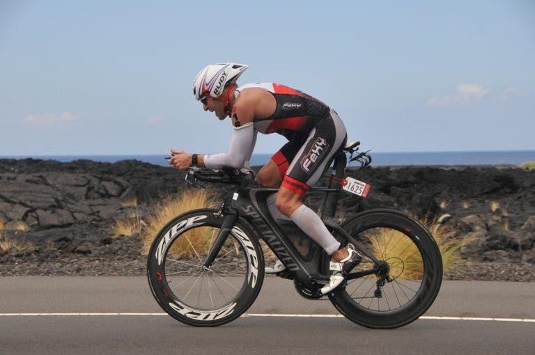 Rutina de entrenamiento de intervalos en bicicleta