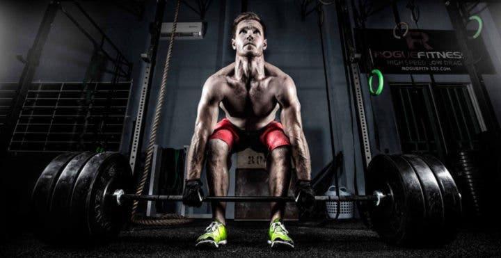 Cómo ejecutar el peso muerto en CrossFit