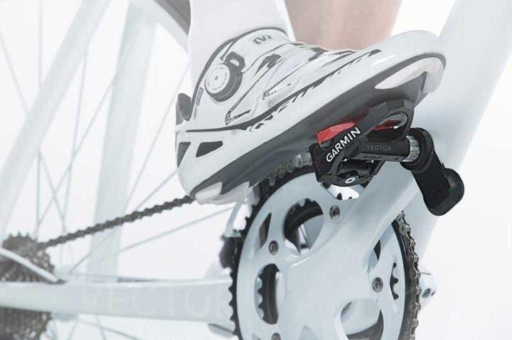 mejora tus entrenamientos de ciclismo con un medidor de potencia