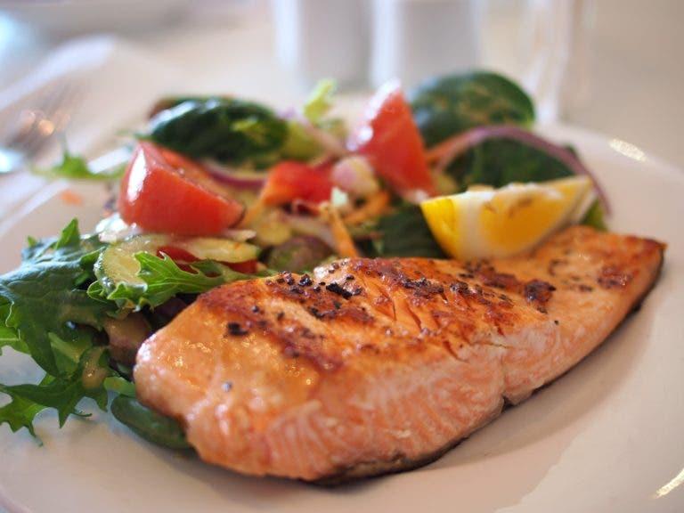 ¿Se debe eliminar el pescado de nuestra dieta por el mercurio?