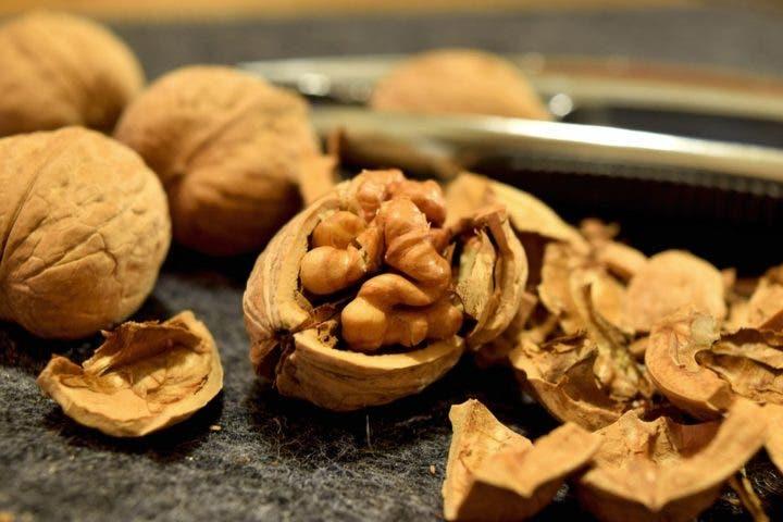 nueces para bajar niveles de colesterol
