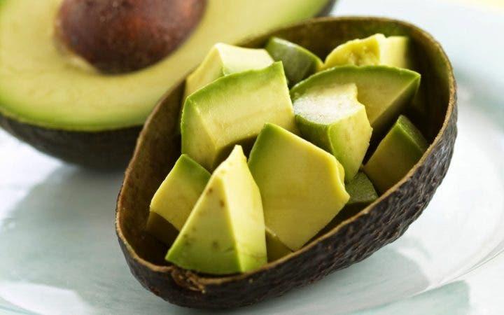 El aguacate es un snack ideal para bajar de peso
