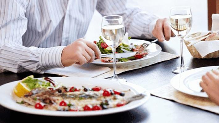 Cómo hacer que la hora de comer sea productiva