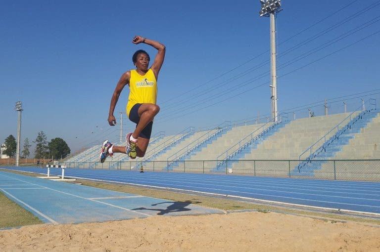 Los 5 mejores ejercicios para aumentar tu salto de longitud