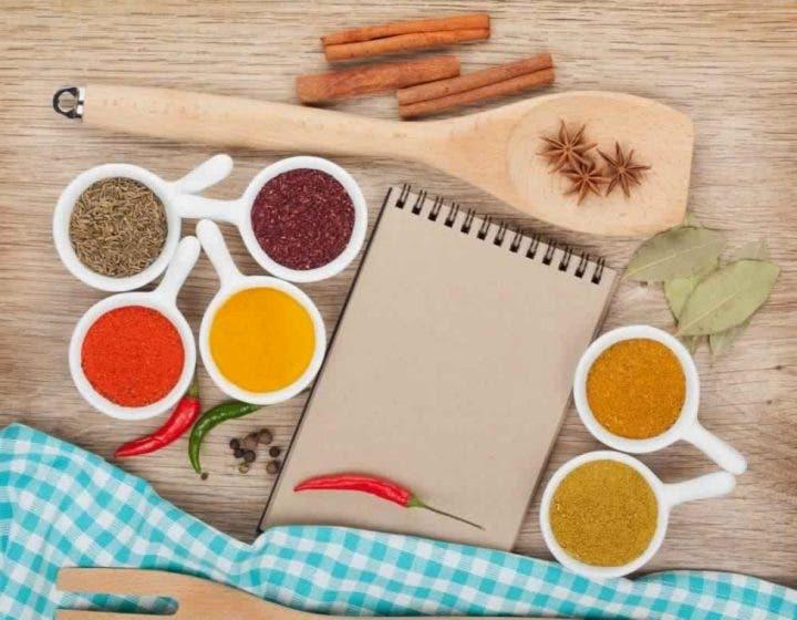 7 hierbas y especias que te ayudar n a perder peso for Hierbas para bajar de peso y quemar grasa