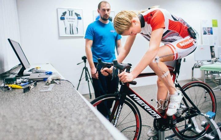 Superar bloqueos mentales en ciclismo con psicólogo deportivo