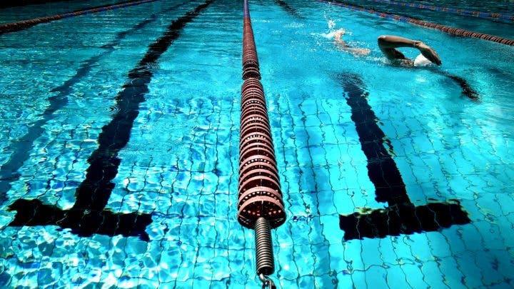 Cómo utilizar los accesorios más populares en natación