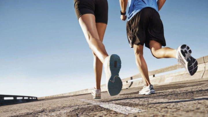 Hacer running con un amigo