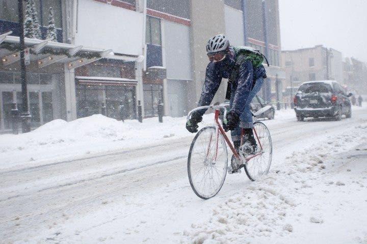 Montar en bicicleta en invierno