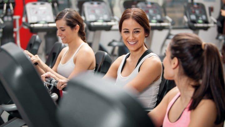 Resultado de imagen para amigos en el gym