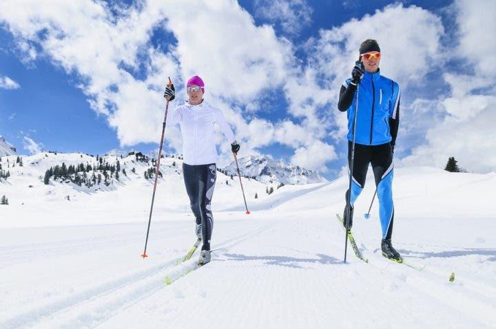 Cómo mejorar la resistencia de esquiadores de fondo de élite