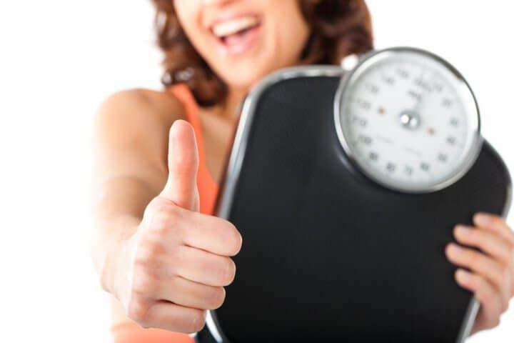 ¿Usar la báscula ayuda al mantenimiento de peso?