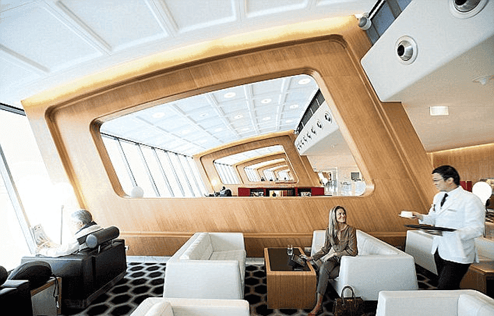 Consejos para no gastar demás en las cafeterías de los aeropuertos