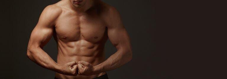 ¿Debemos perder grasa antes de pensar en ganar músculo?