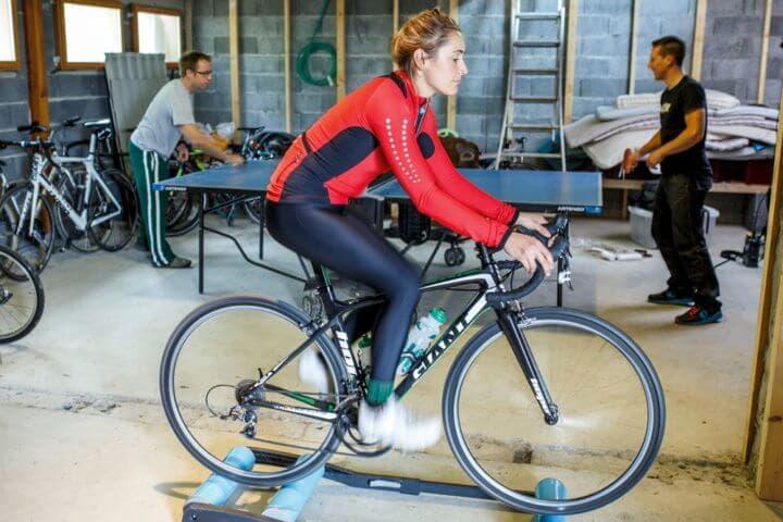 Cómo entrenar la potencia en ciclismo