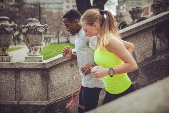 Hacer ejercicio aumenta la felicidad