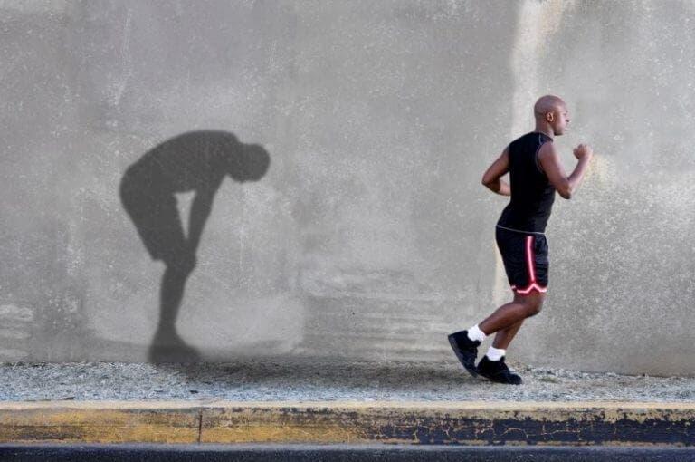 4 señales de sobreentrenamiento en tu rutina de running