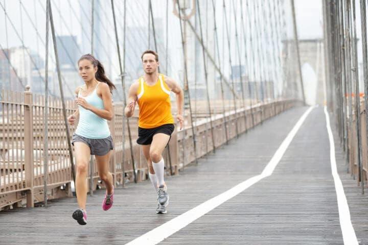 Cómo debe un corredor preparar la carga de carbohidratos
