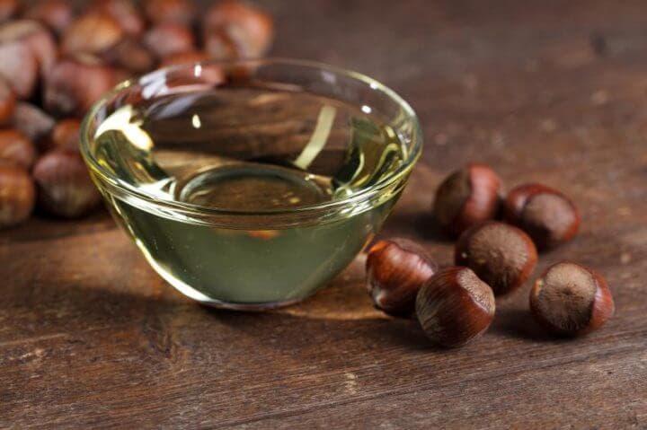 La vitamina E en el aceite de avellana
