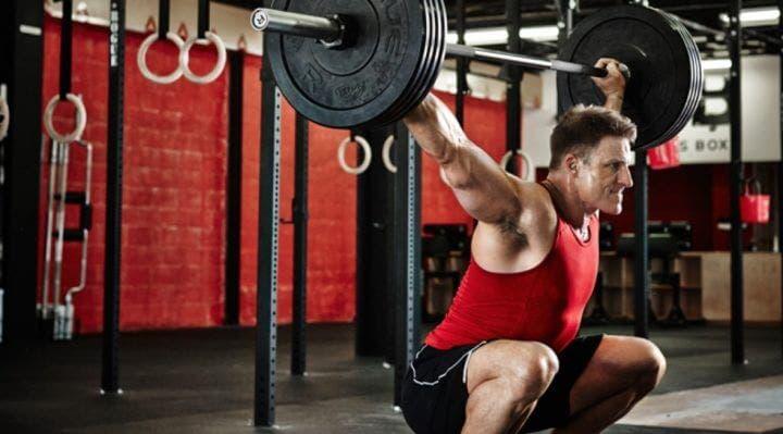 Aprender a entrenar con pesas a los 40 años